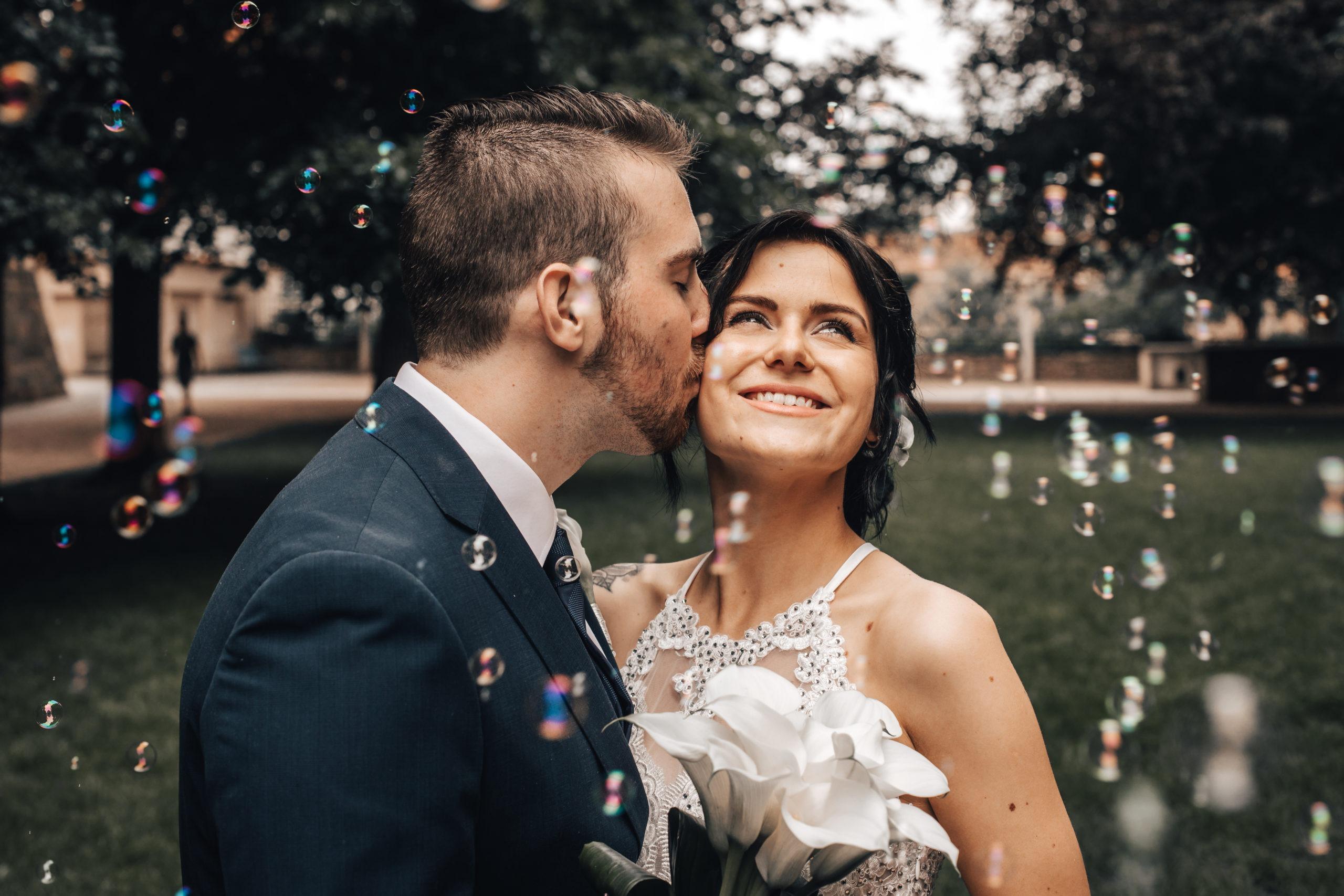svatební polibek jičín