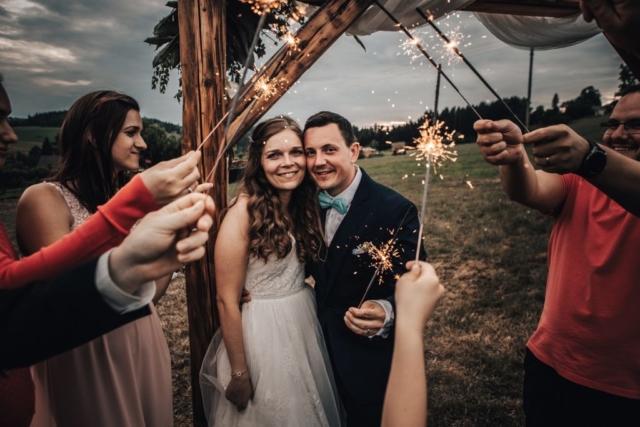svatba prskavky jičín fotografie