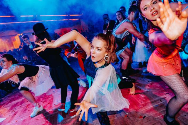 maturitní ples předtančení